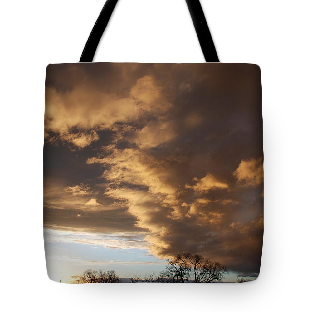 Sunset Tote Bag featuring the photograph Sunset At The New Mexico State Capital by Rob Hans