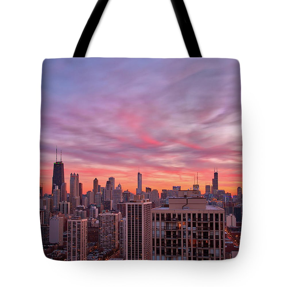 Chicago Tote Bag featuring the photograph Sunset Burn by Raf Winterpacht