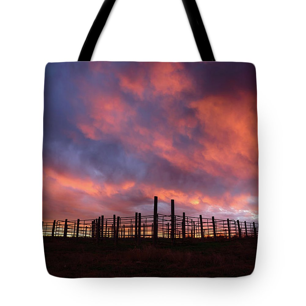 Sunset Tote Bag featuring the photograph Sunset Corral by Paul Moore