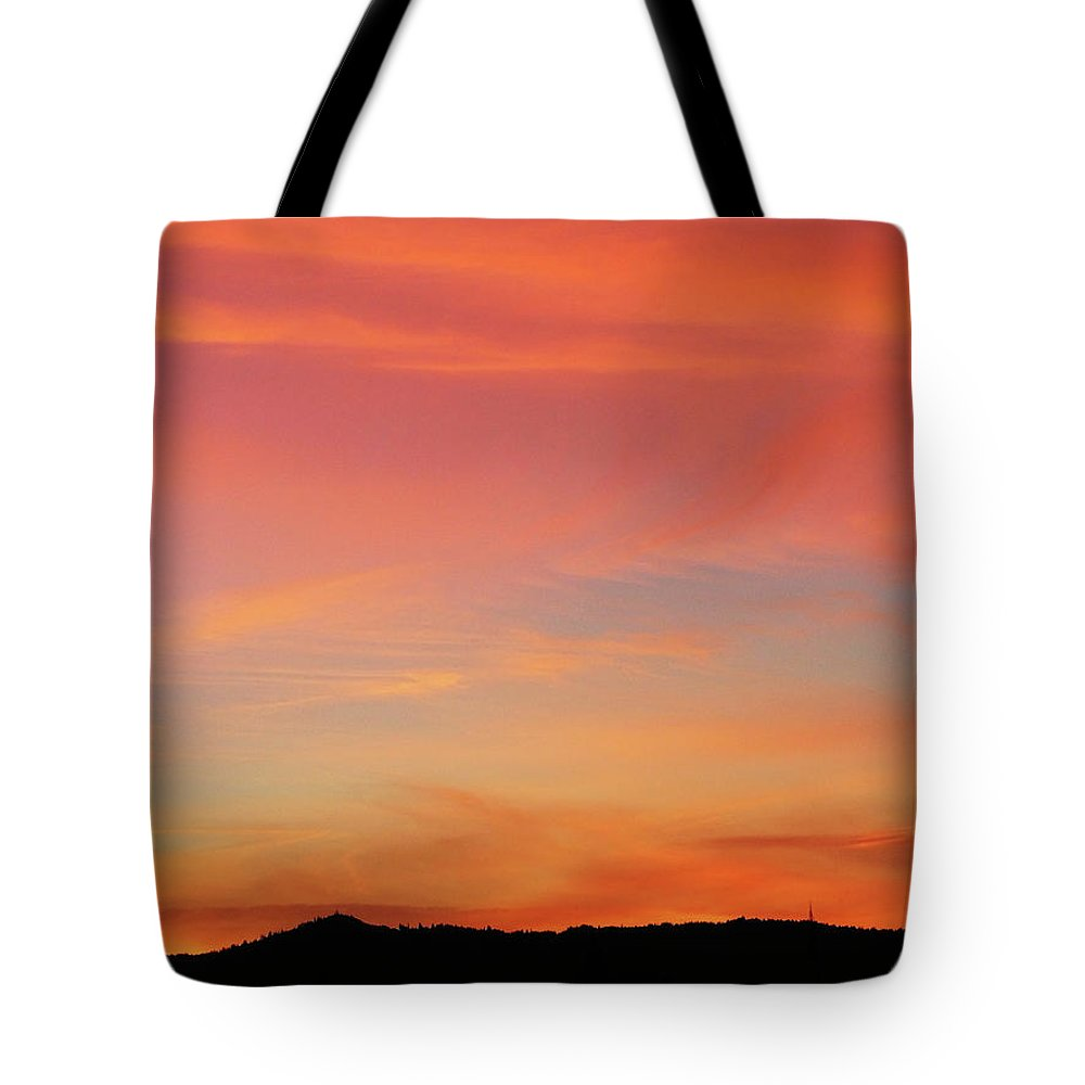Pink Tote Bag featuring the photograph Sunset Off Of Kings Hwy by Teri Schuster