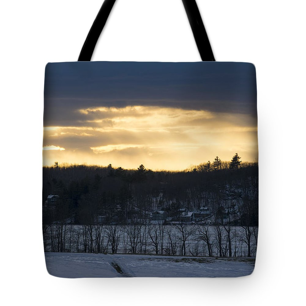 Sunset Tote Bag featuring the photograph Sunset On Sabattus Lake by Jan Mulherin