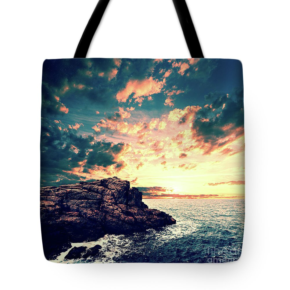 Sunset Tote Bag featuring the digital art Sunset On The Horizon by Phil Perkins