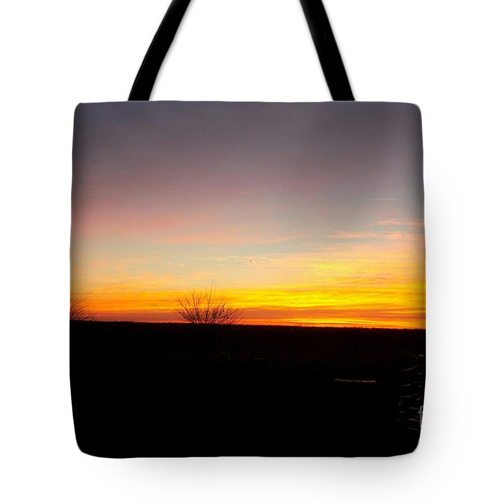 Sun Tote Bag featuring the photograph Sunset On The Ranch 4 by Sharon Woodrum