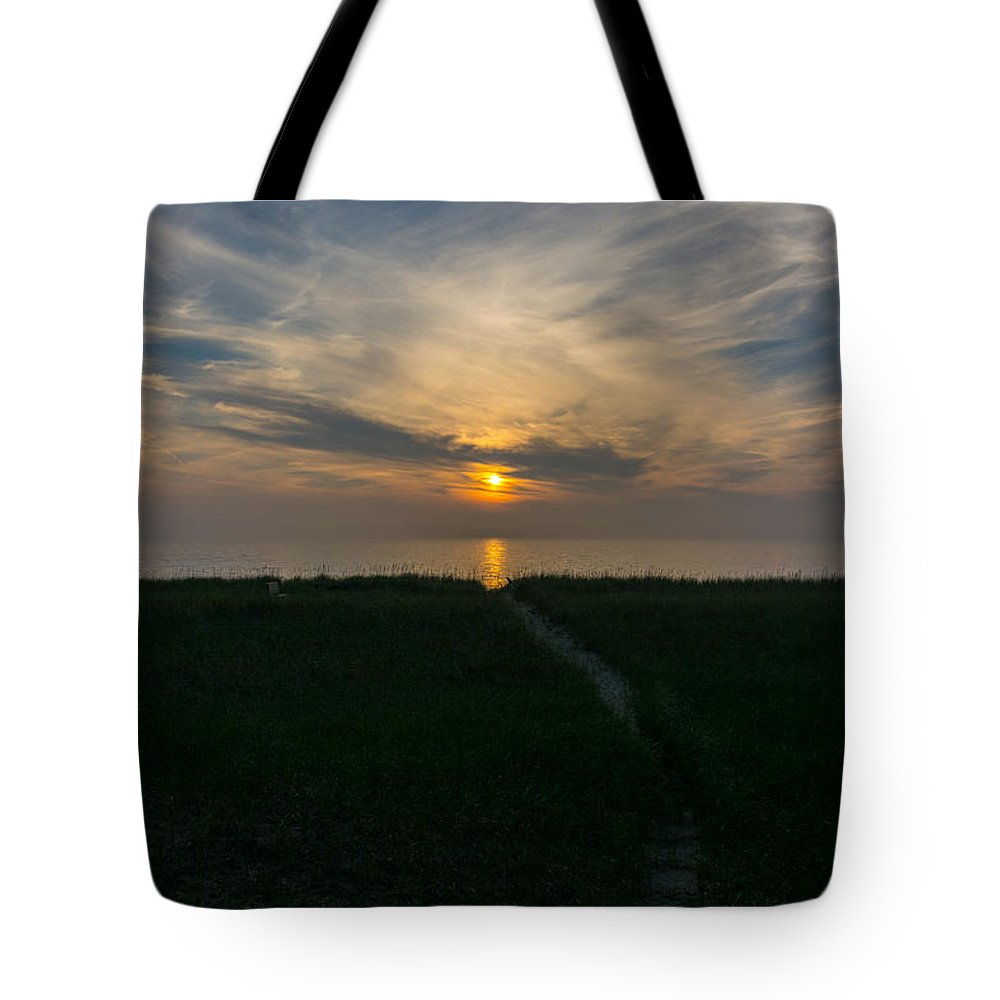 Dunes Tote Bag featuring the photograph Sunset Over The Dunes by Pravin Sitaraman