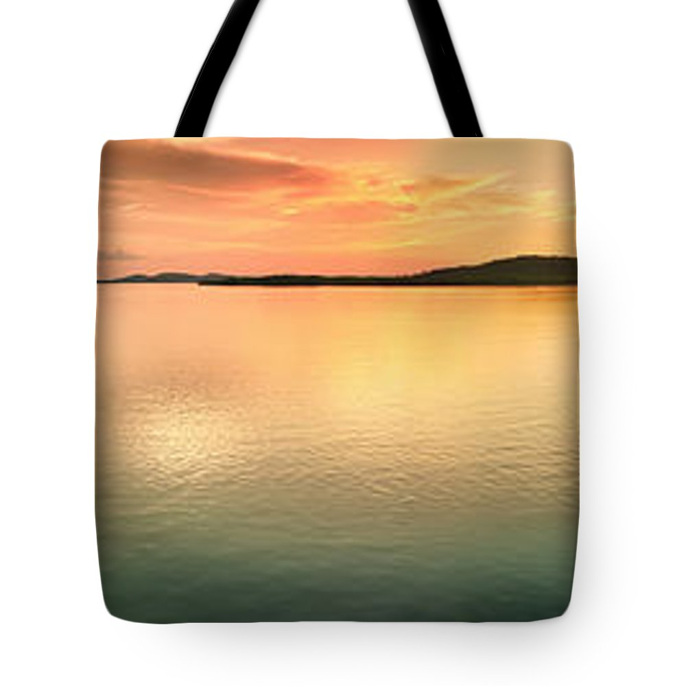 Pier Tote Bag featuring the photograph Sunset Panorama by MotHaiBaPhoto Prints