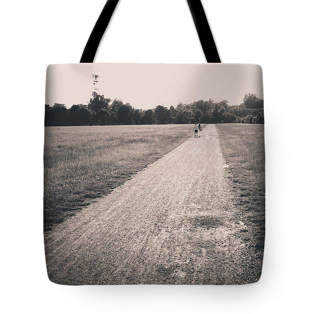 Alfio Finocchiaro Tote Bag featuring the photograph Sunset @park by Alfio Finocchiaro
