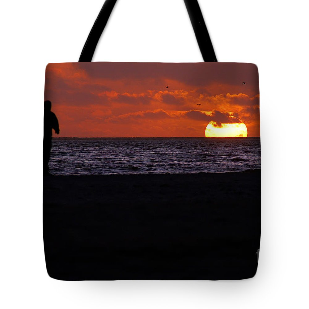 Clay Tote Bag featuring the photograph Sunset Run by Clayton Bruster