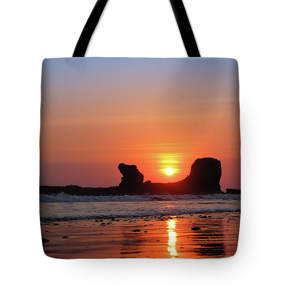 Sunset Tote Bag featuring the photograph Sunset To Remeber by Marc Stuelken