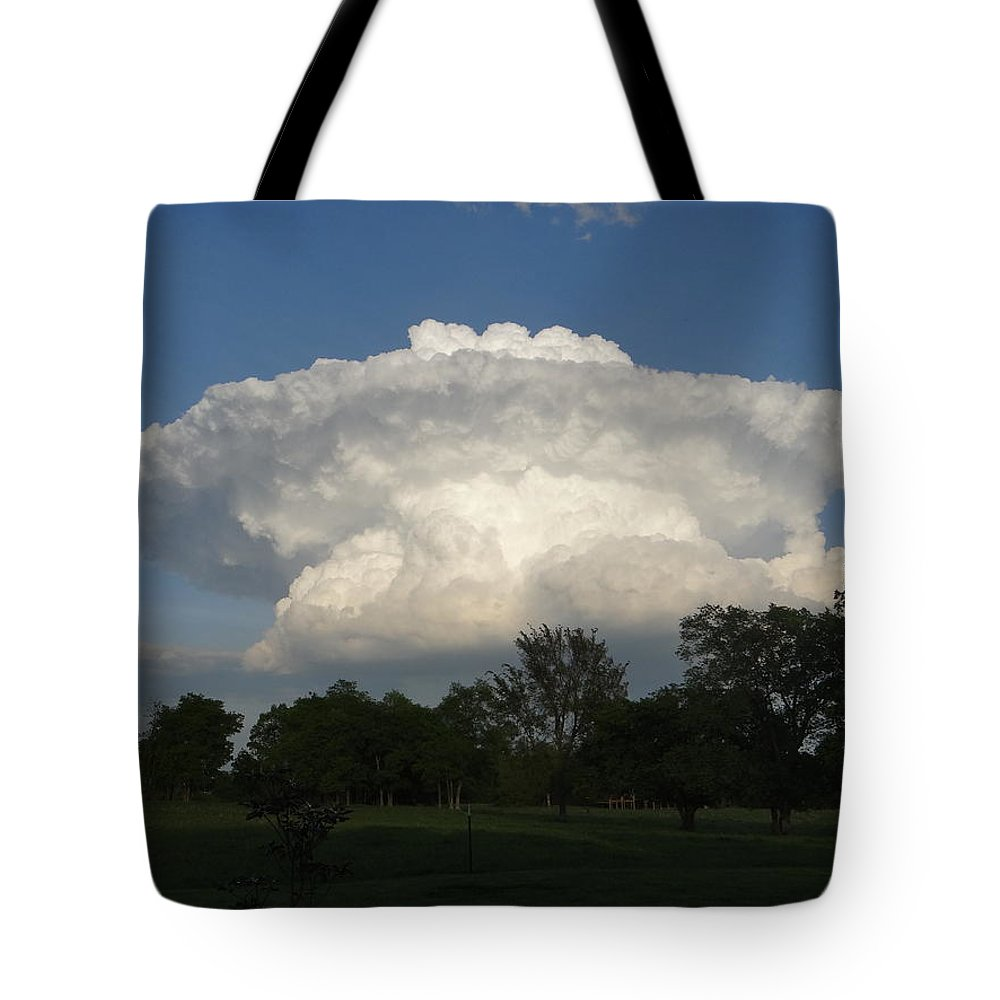 Storm Cloud Tote Bag featuring the photograph Super Cloud by Deb Rassel