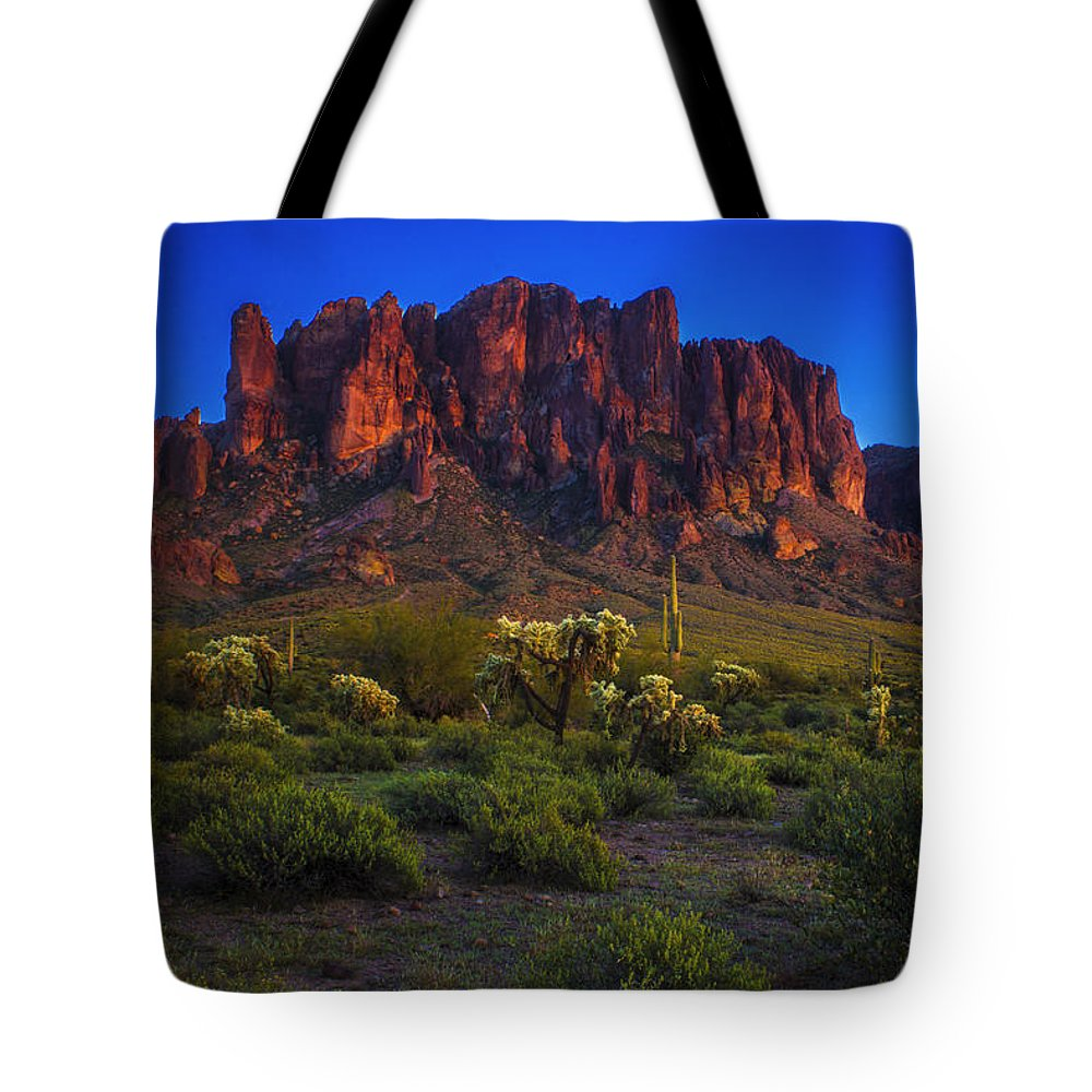 Arizona Tote Bag featuring the photograph Superstition Mountain Sunset by Roger Passman