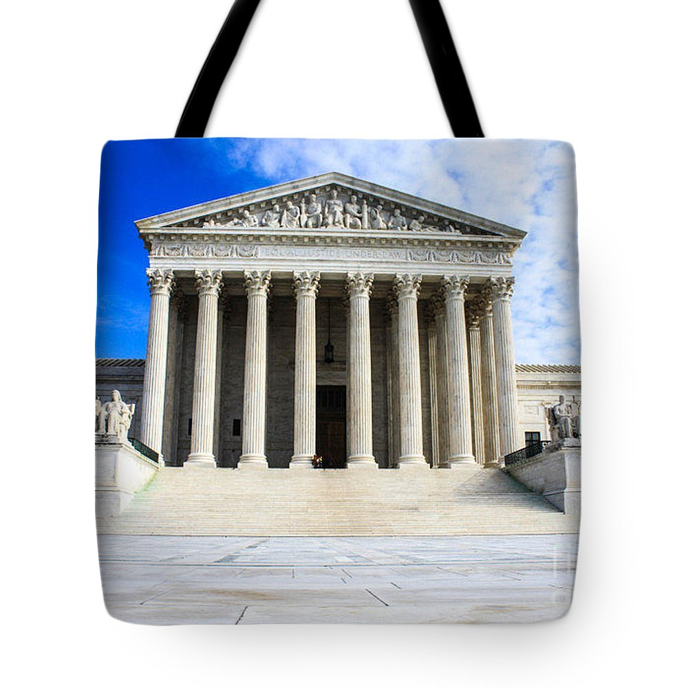 Washington Dc Dec 1 Tote Bag featuring the photograph Supreme Court by William Rogers