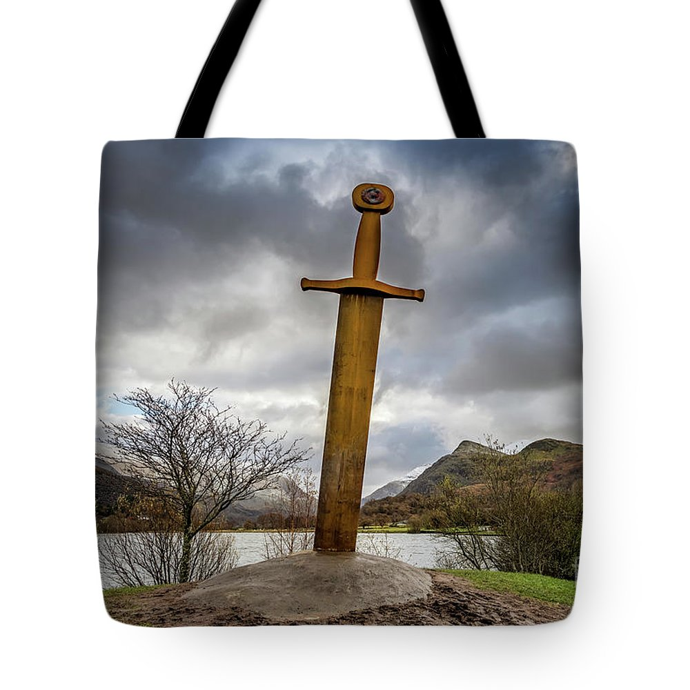 Llanberis Sword Tote Bag featuring the photograph Sword Of Llanberis Snowdonia by Adrian Evans