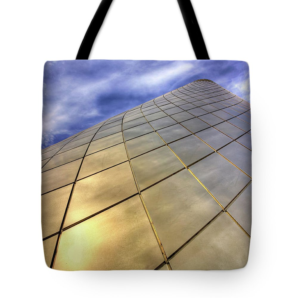 Tacoma Glass Museum Tote Bag featuring the photograph Tacoma Glass Museum by Darrel Giesbrecht