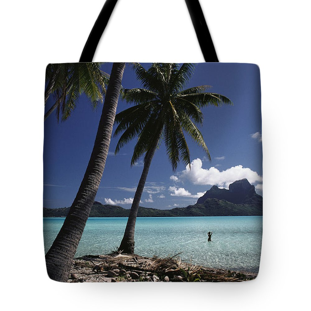 Afternoon Tote Bag featuring the photograph Tahiti View by David Cornwell/First Light Pictures, Inc - Printscapes