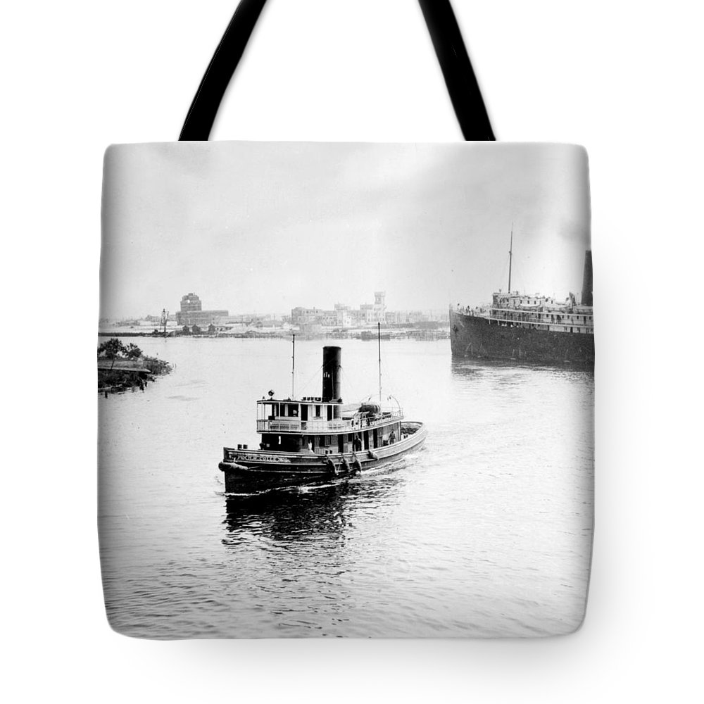 tampa Florida Tote Bag featuring the photograph Tampa Florida - Harbor - C 1926 by International Images