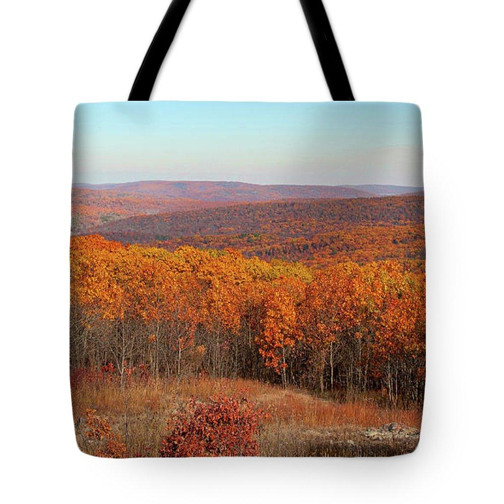 Missouri Tote Bag featuring the photograph Taum Sauk Mountain by Steve Stuller