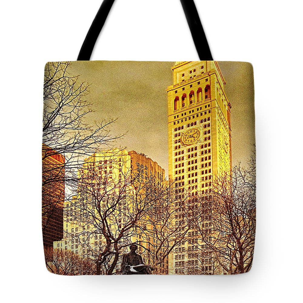 Winter Tote Bag featuring the photograph Ten Past Four At Madison Square Park by Chris Lord