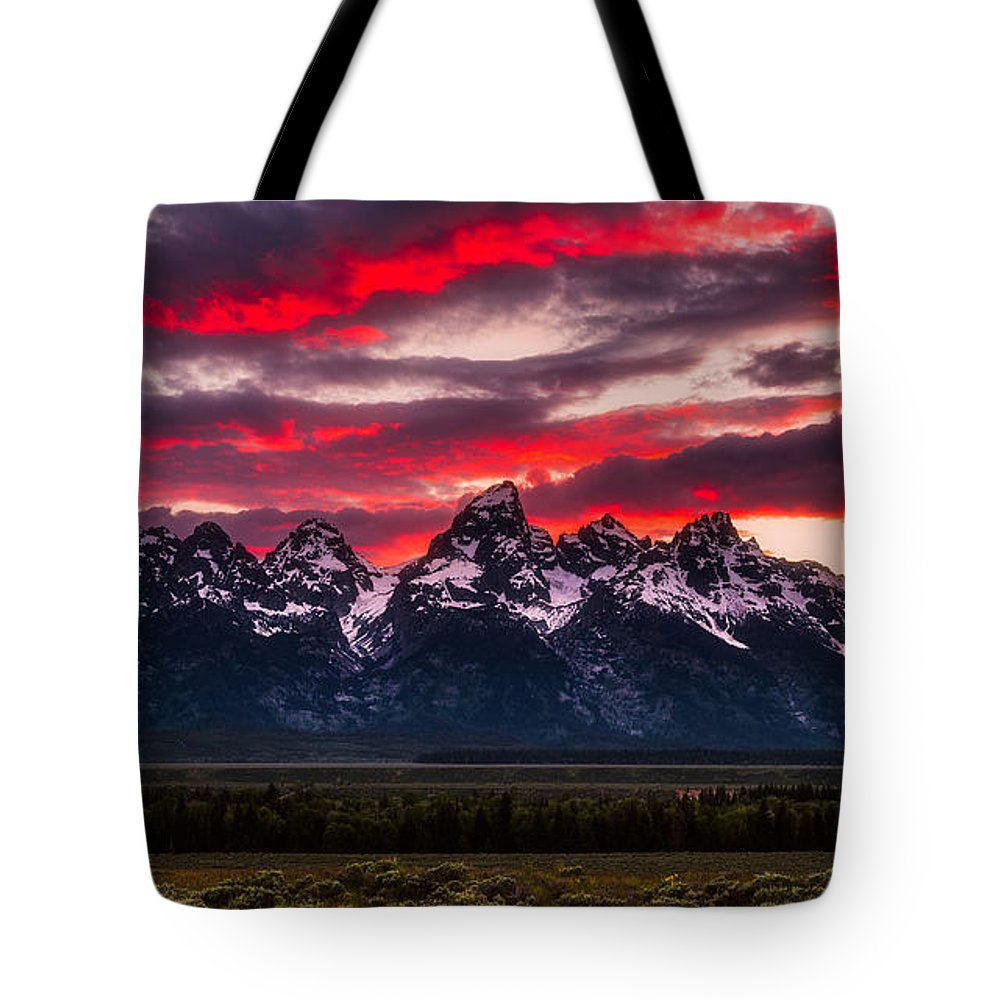Grand Teton Tote Bag featuring the photograph Teton Sunset by Darren White