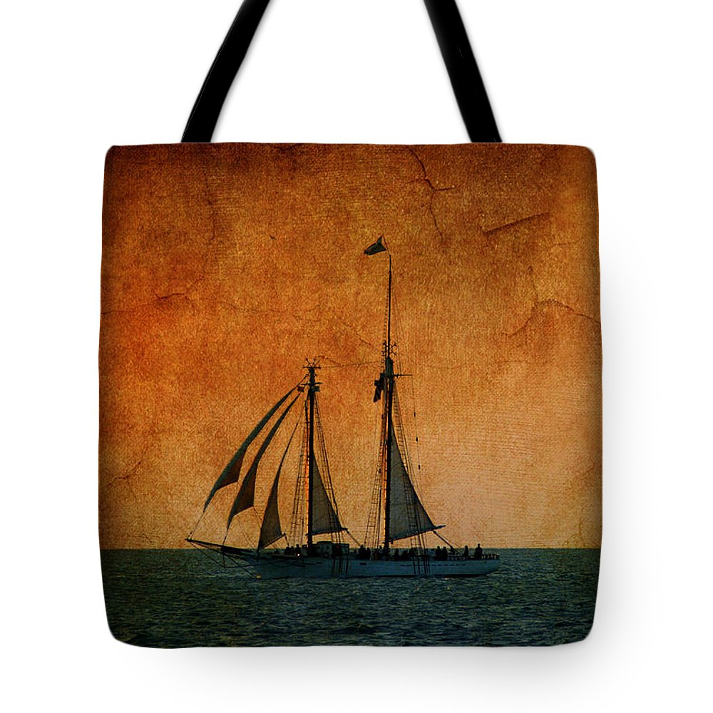 The America Tote Bag featuring the photograph The America In Key West by Susanne Van Hulst
