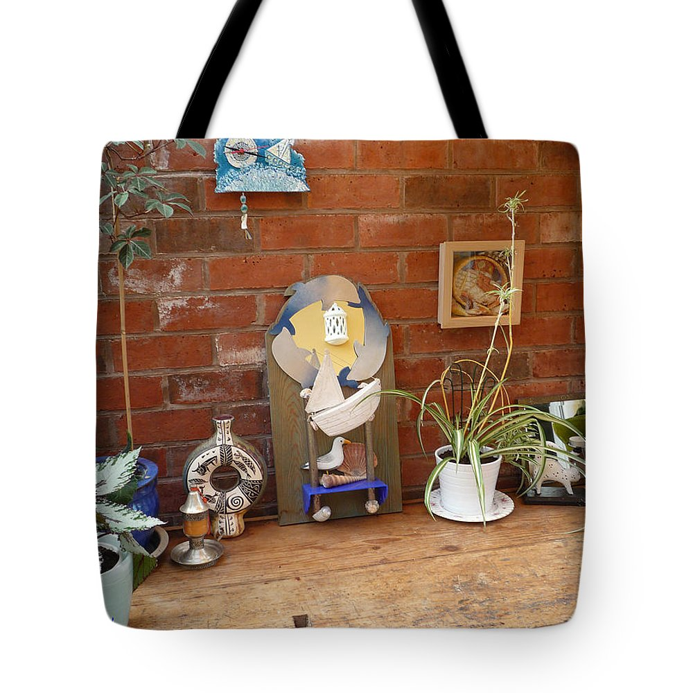 Table Tote Bag featuring the photograph The Artists Bench by Charles Stuart