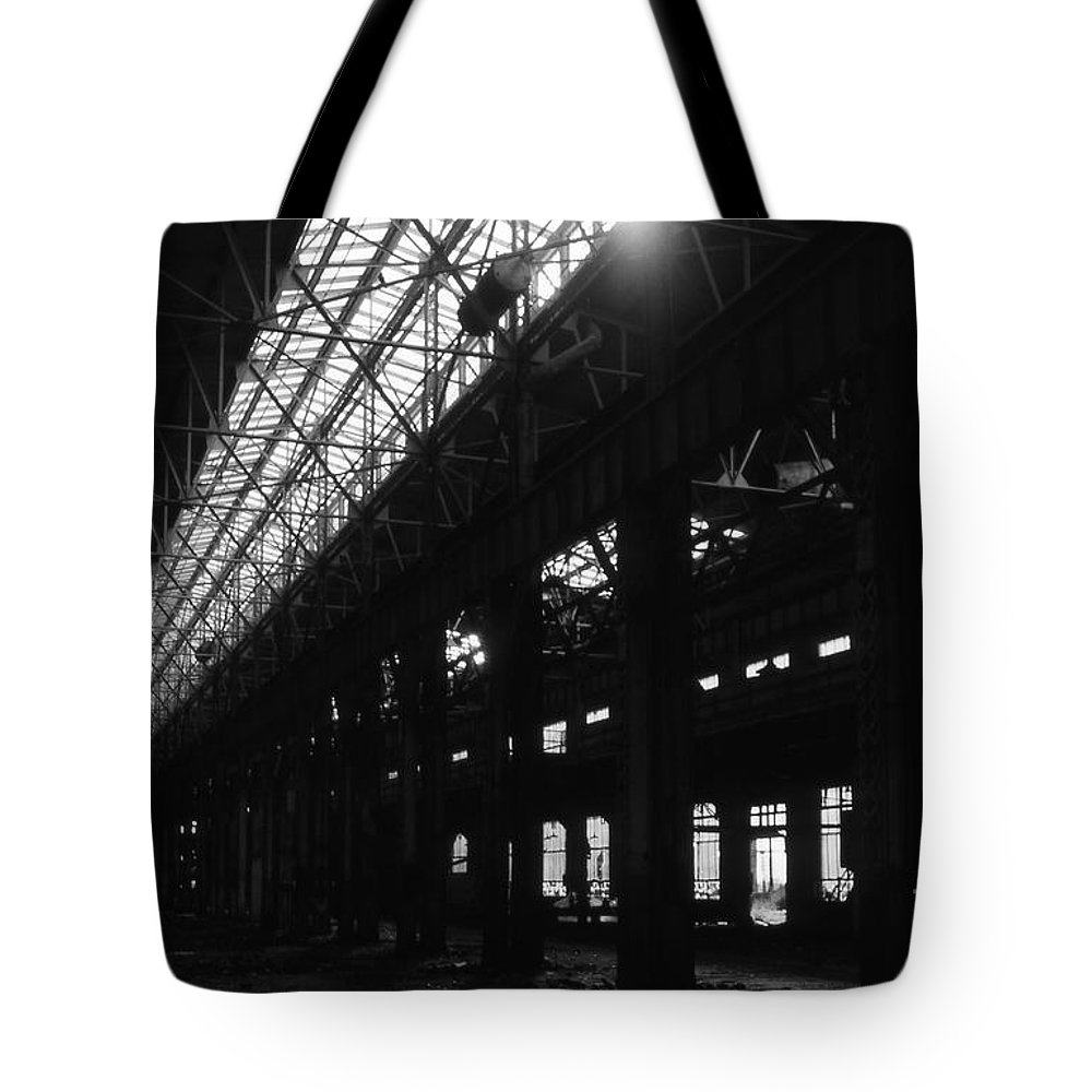 Buildings Tote Bag featuring the photograph The Back Shop by Richard Rizzo