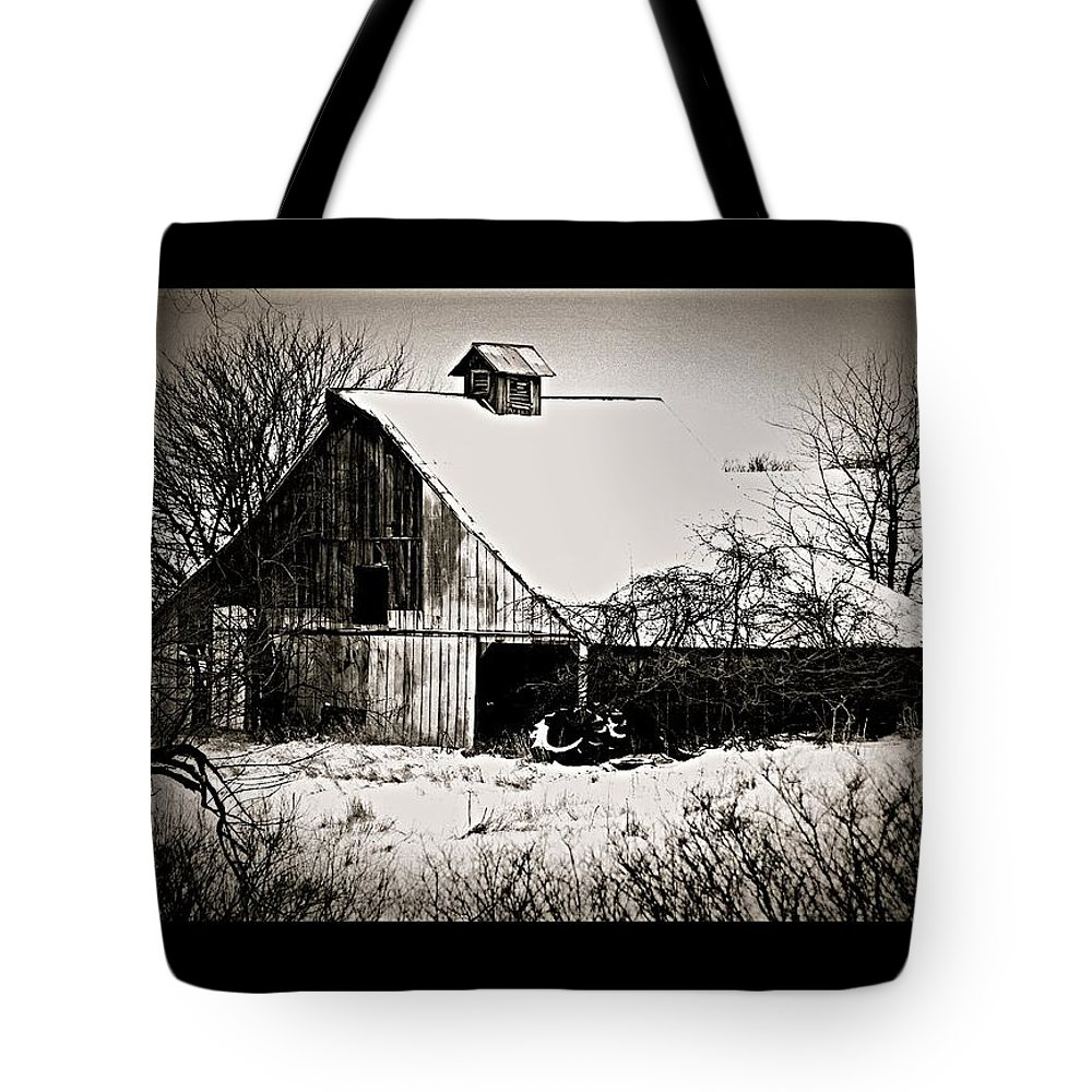 Tote Bag featuring the photograph The Barn by Kim Blaylock