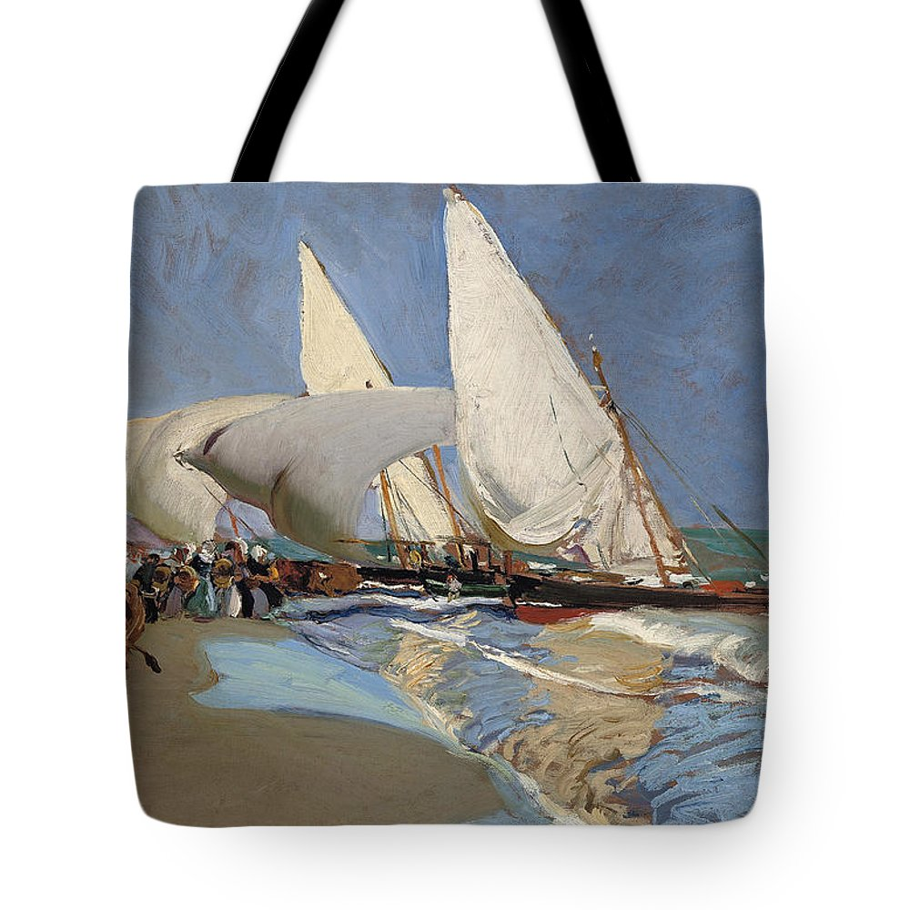 Joaquin Sorolla Y Bastida Tote Bag featuring the painting The Beach At Valencia by Joaquin Sorolla y Bastida