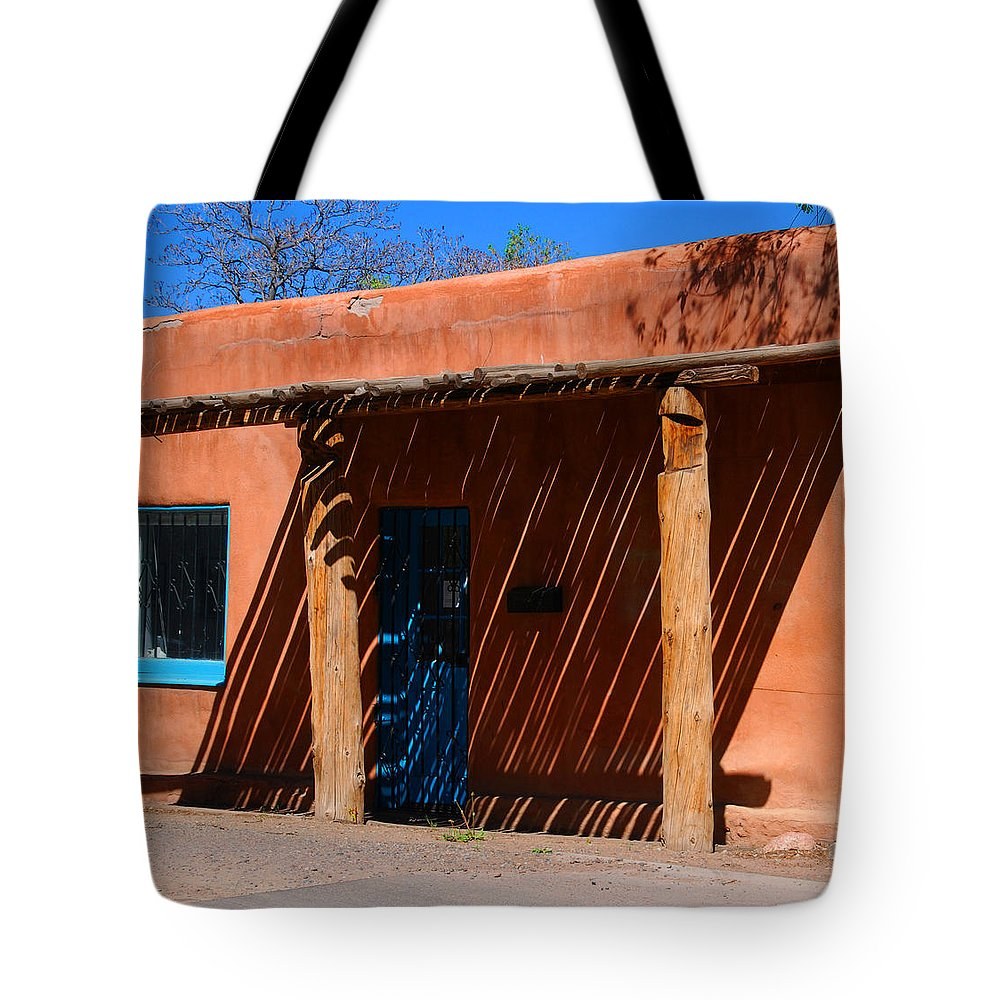 Santa Fe Tote Bag featuring the photograph The Big Shade by Susanne Van Hulst