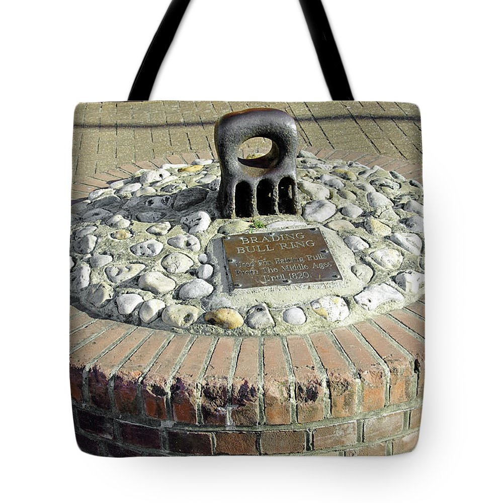 Isle Of Wight Tote Bag featuring the photograph The Brading Bull Ring by Rod Johnson