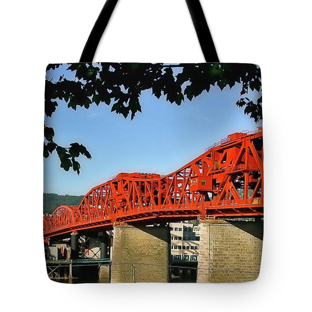 Broadway Bridge Tote Bag featuring the photograph The Broadway Bridge by Albert Seger