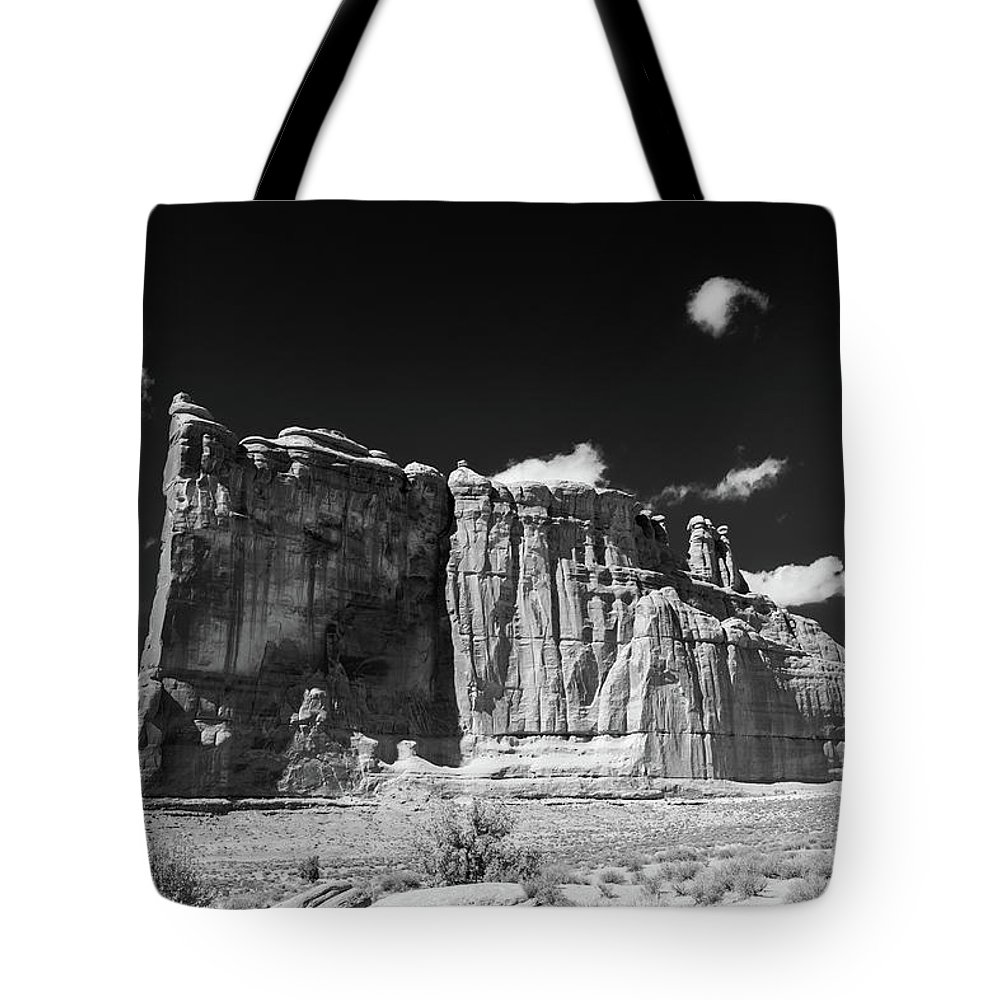 Arches National Park Tote Bag featuring the photograph The Courthouse by Joseph Hawk