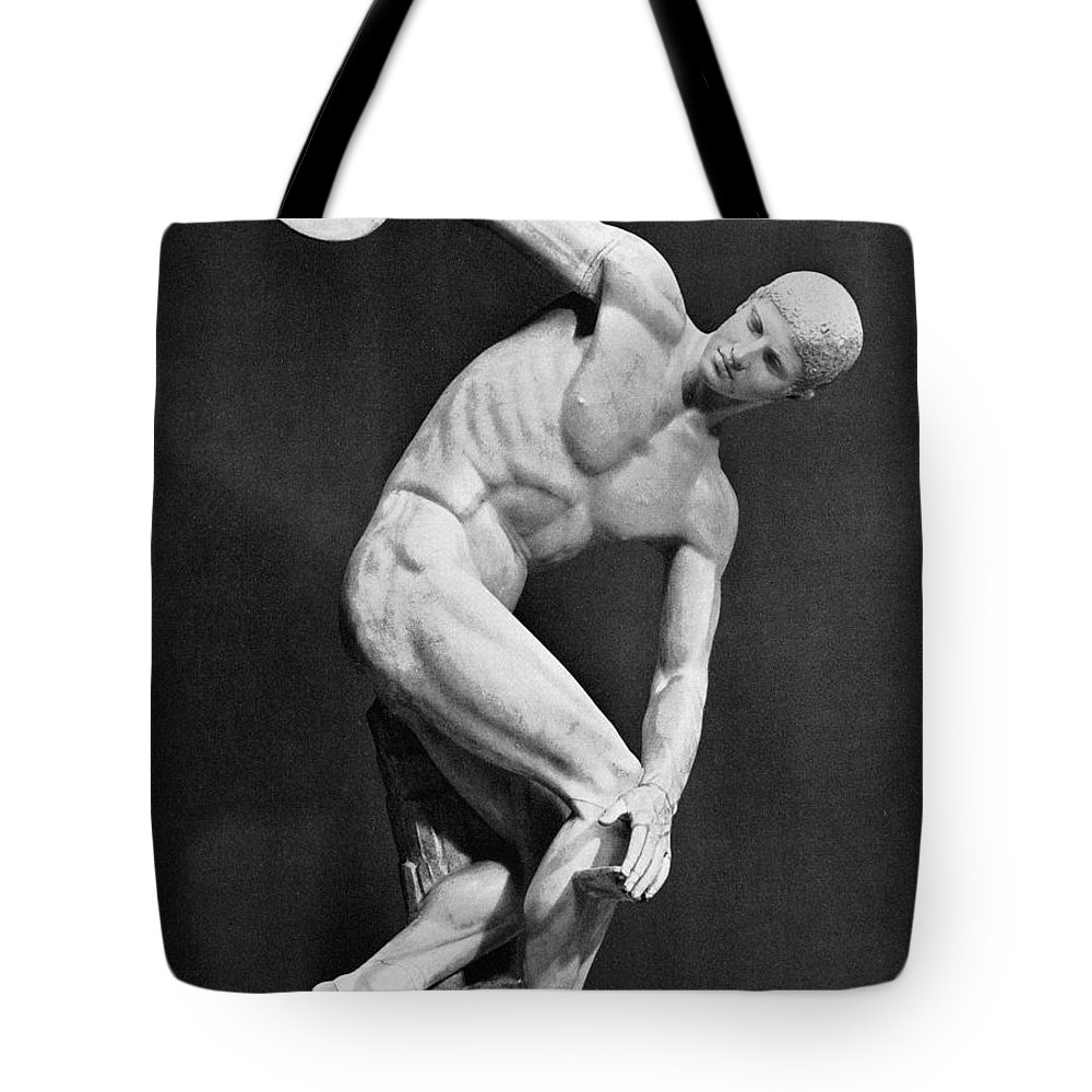 140's Tote Bag featuring the photograph The Discobolus, 450.b.c by Granger