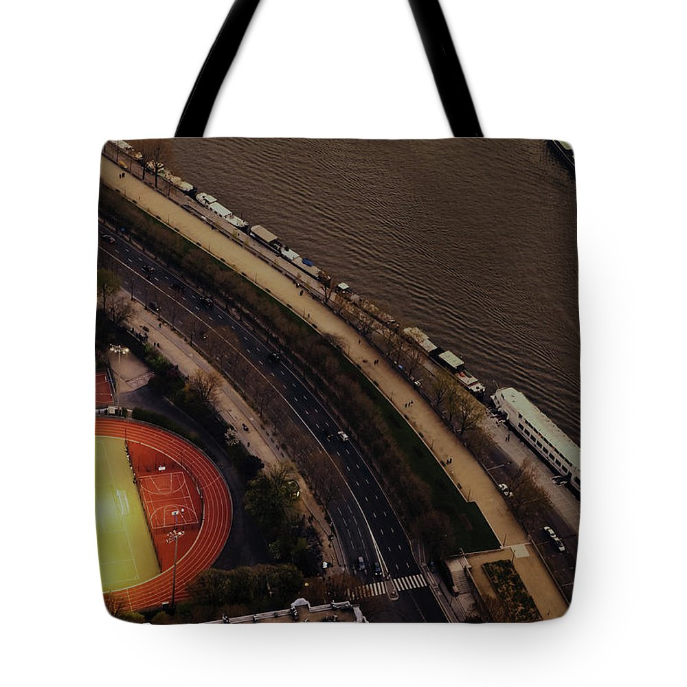 Sena River Tote Bag featuring the photograph The Evening Is Coming In Paris by Ag Barros