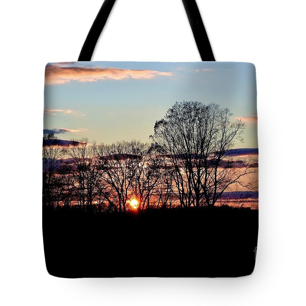 Amazing Sunset Tote Bag featuring the photograph The Evening Sky by Jeramey Lende