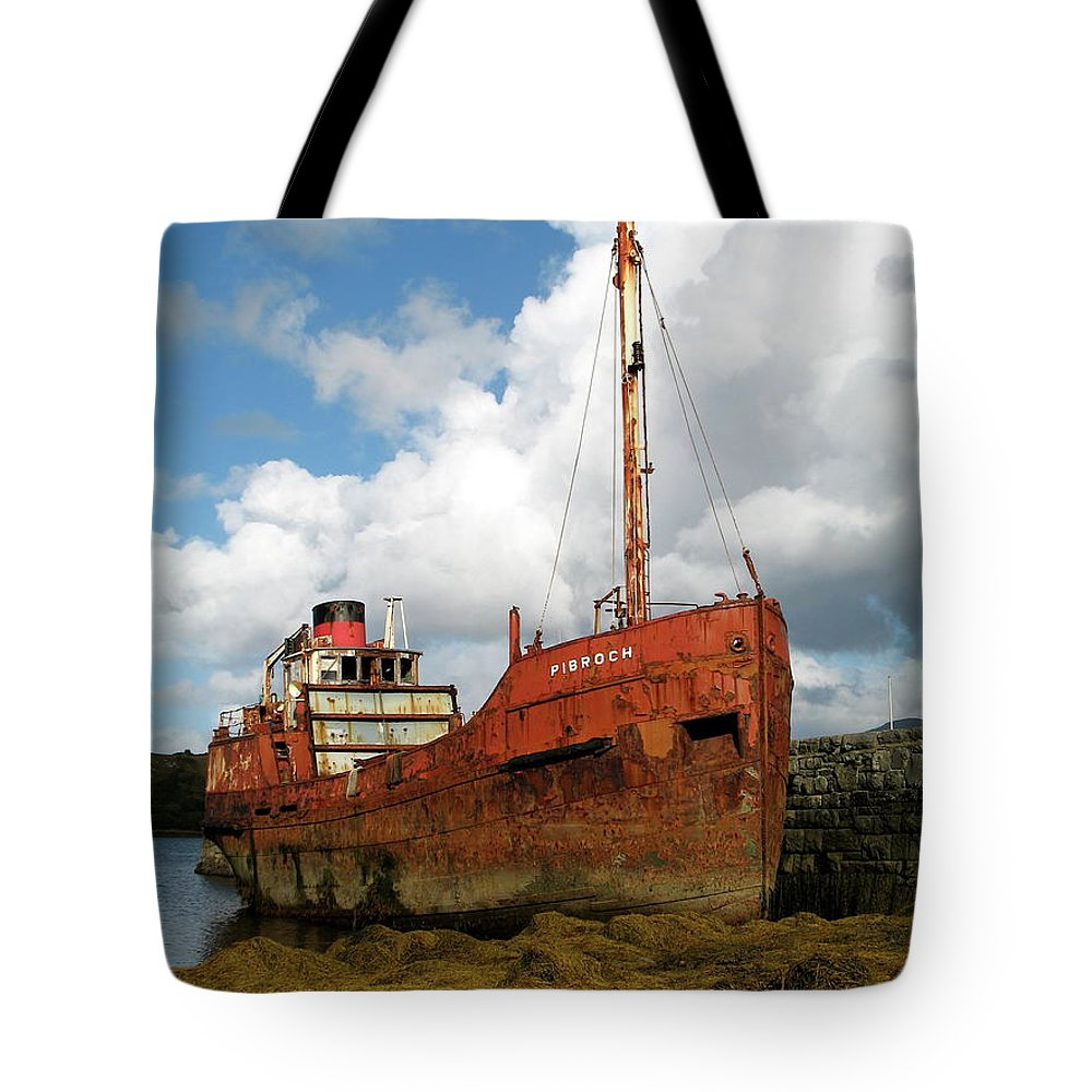 Boat Tote Bag featuring the photograph The Fate Of Poor Pibroch by Porter Glendinning