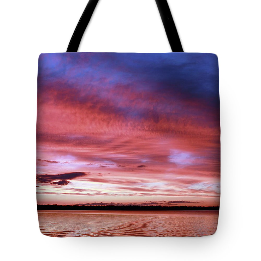 Sunset Tote Bag featuring the photograph The Gloaming Of Lac Vieux Desert by Martina Schneeberg-Chrisien