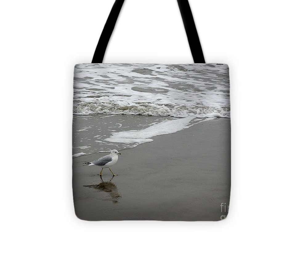 Nature Tote Bag featuring the photograph The Gulf In Shades Of Gray - Strutting by Lucyna A M Green