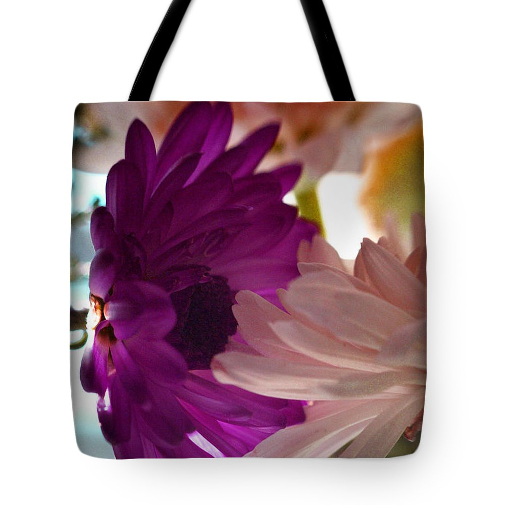 Flowers Tote Bag featuring the photograph The Kiss... by Arthur Miller