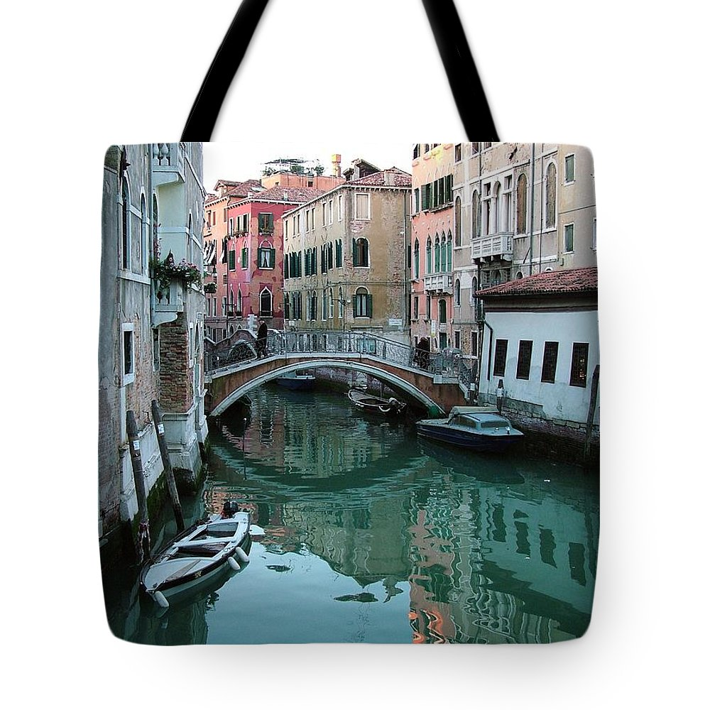 Landscape Tote Bag featuring the photograph The Leaning Boat by Donna Corless