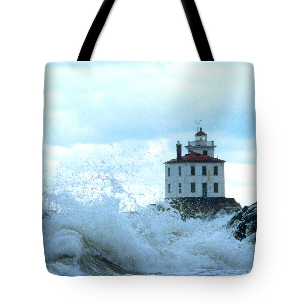 Lighthouse Tote Bag featuring the photograph The Light At Fairport Harbor by Rusty Ruckel