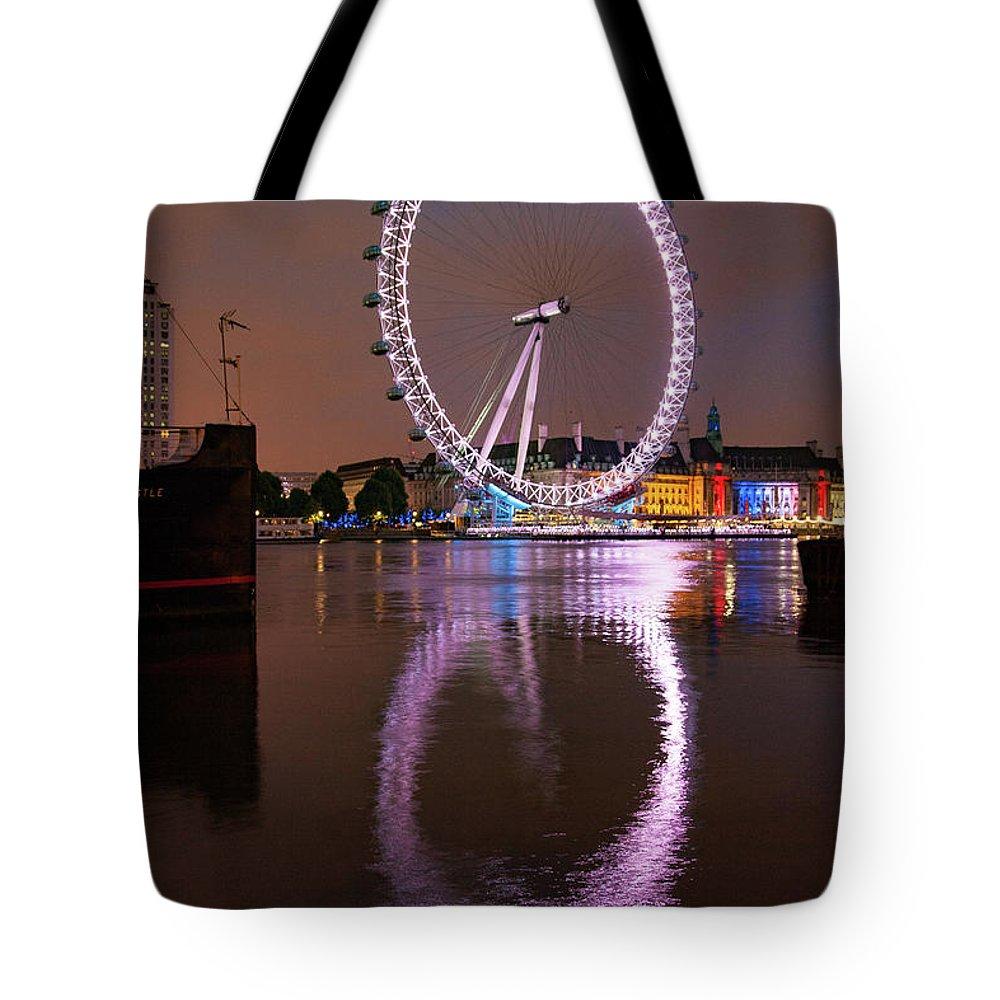 United Kingdom Photographs Tote Bags