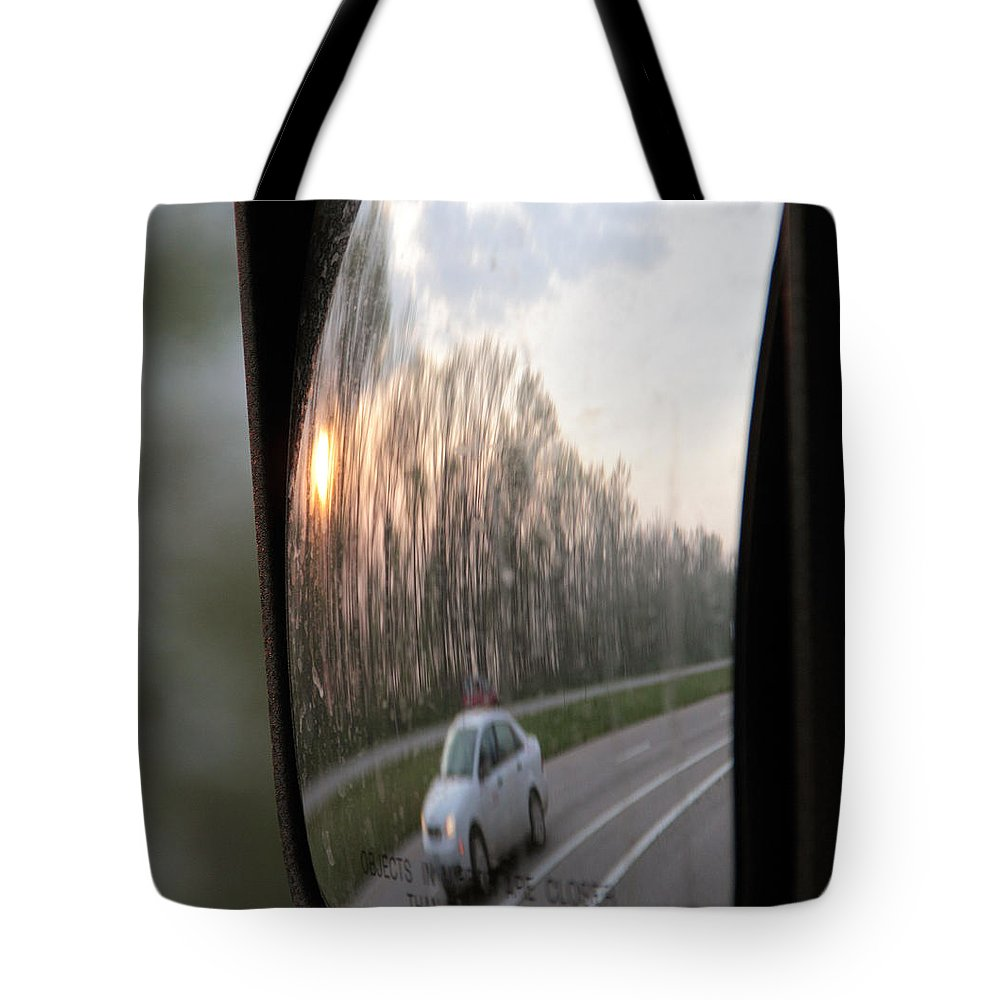 Flowers Tote Bag featuring the photograph The Morning Commute II by Paul Shefferly