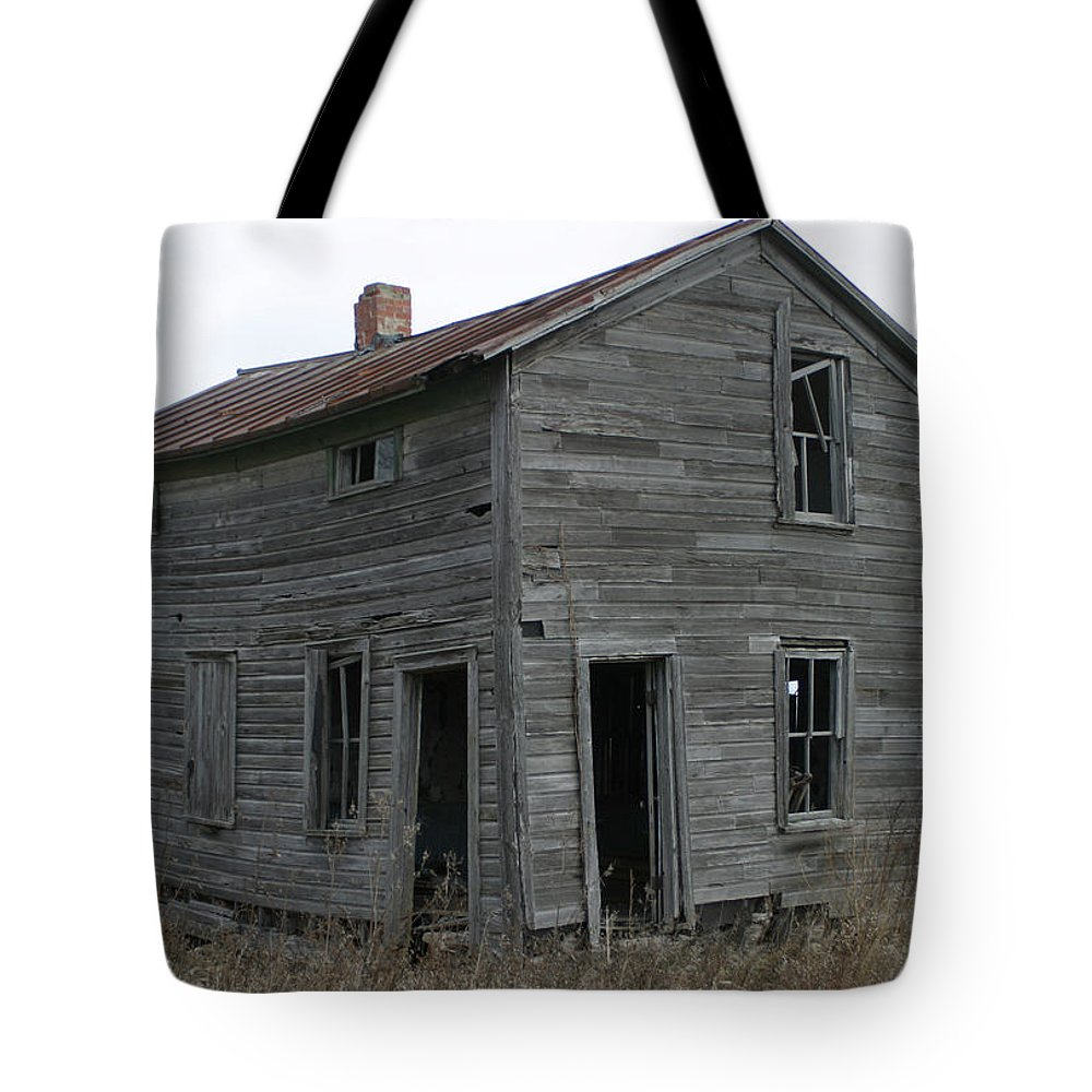 Homestead Tote Bag featuring the photograph The New Homestead by Bjorn Sjogren