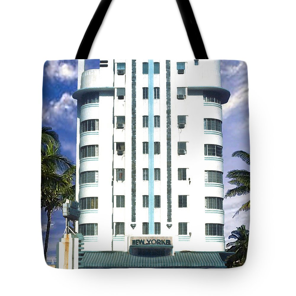 Miami Tote Bag featuring the photograph The New Yorker by Steve Karol