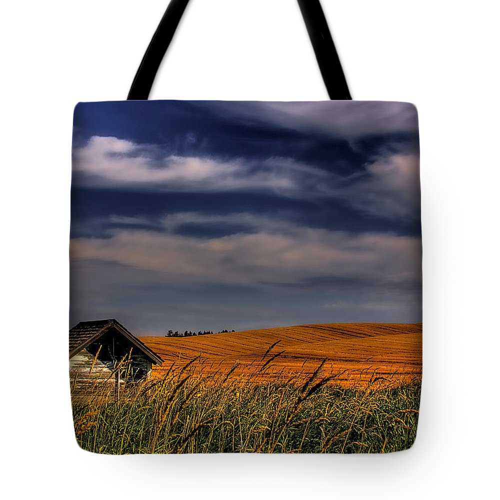 Landscape Tote Bag featuring the photograph The Old Pumphouse by David Patterson