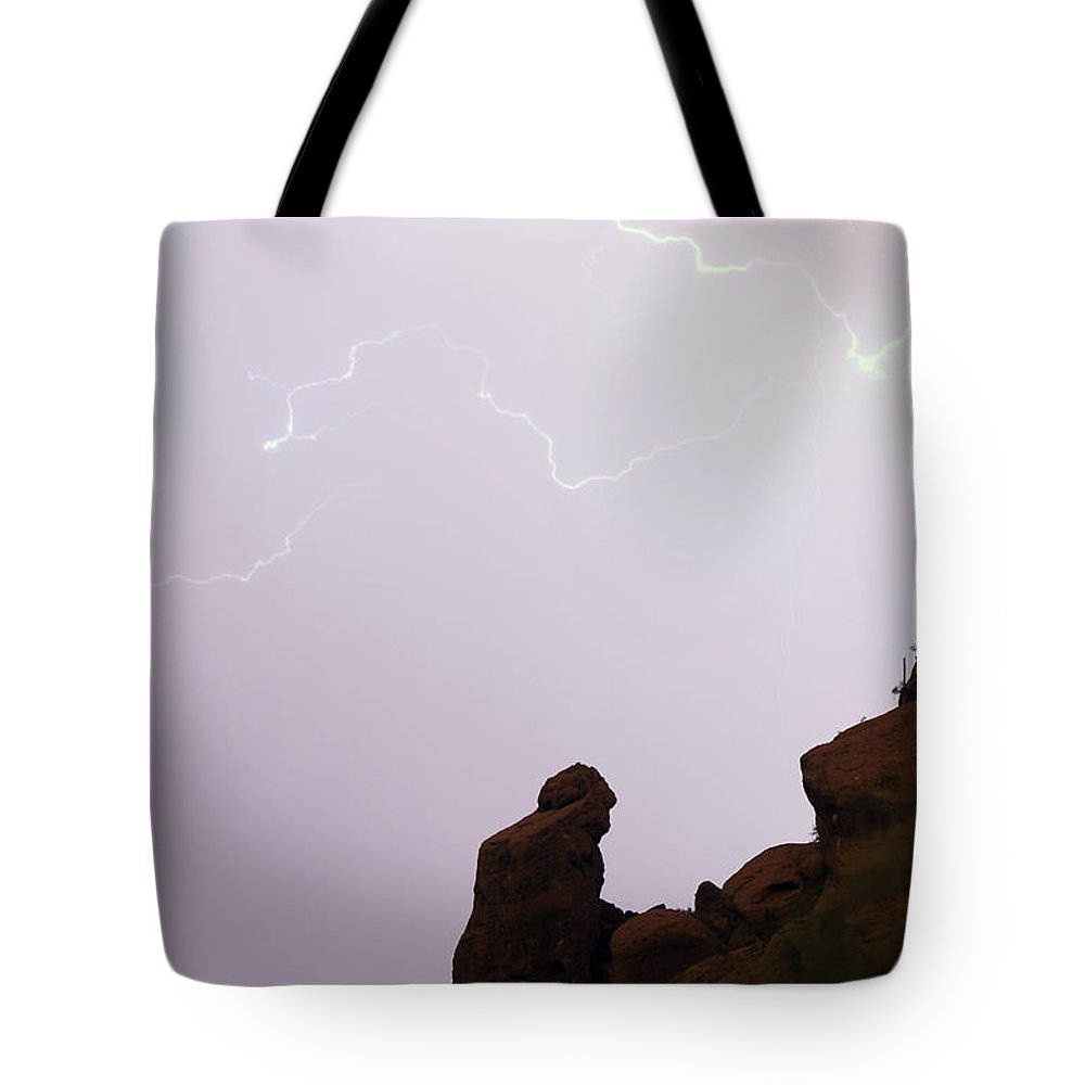 Praying Monk Tote Bag featuring the photograph The Praying Monk Phoenix Arizona by James BO Insogna