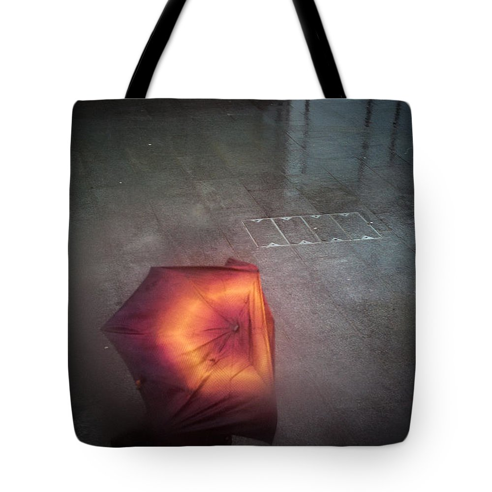 London Tote Bag featuring the pyrography The Rainy Day. by Cyril Jayant