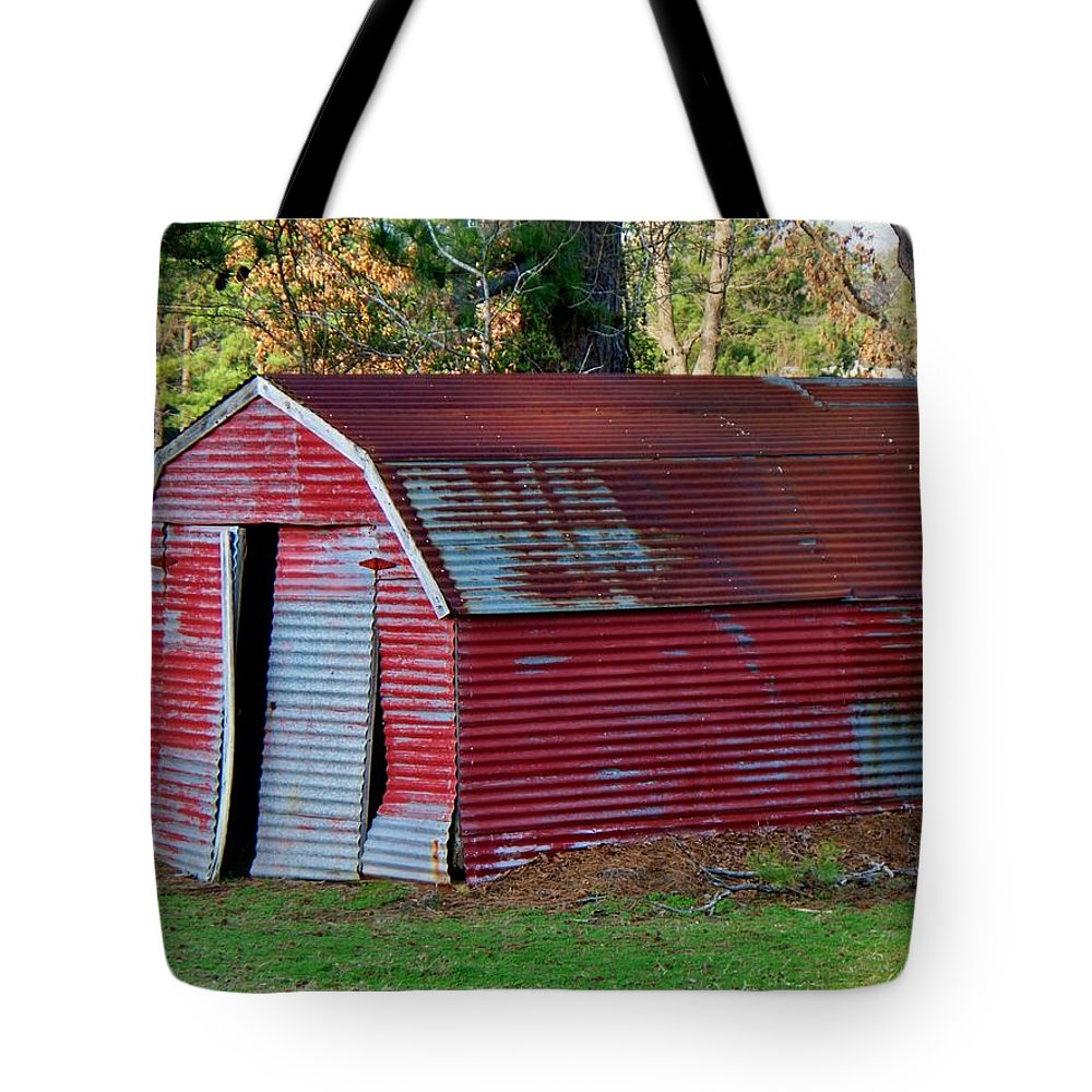Shed Tote Bag featuring the photograph The Shed by Betty Northcutt