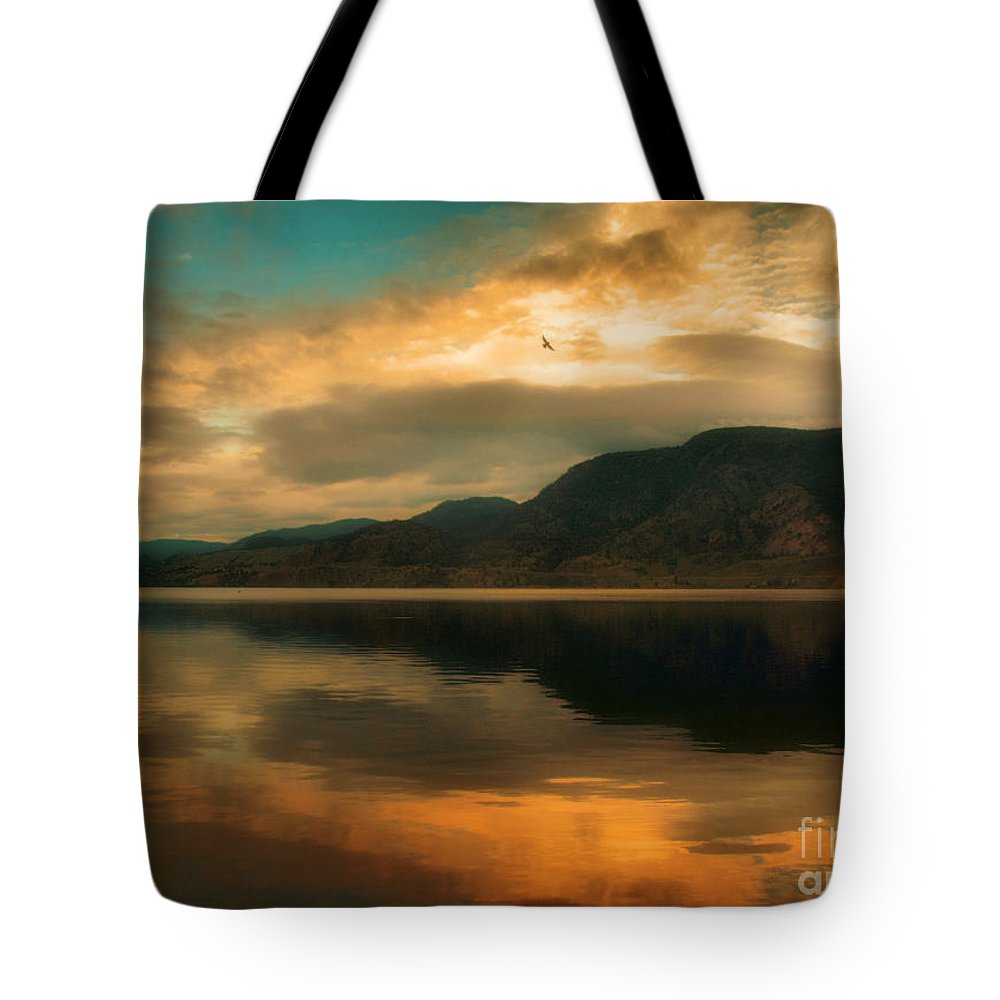 Skaha Tote Bag featuring the photograph The Skaha Sunrise by Tara Turner