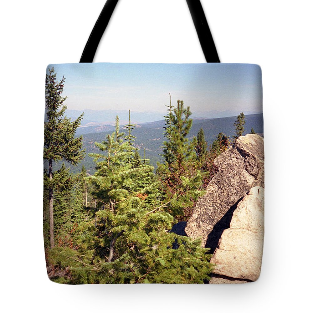 Landscapes Tote Bag featuring the photograph The Star Gazer by Richard Rizzo